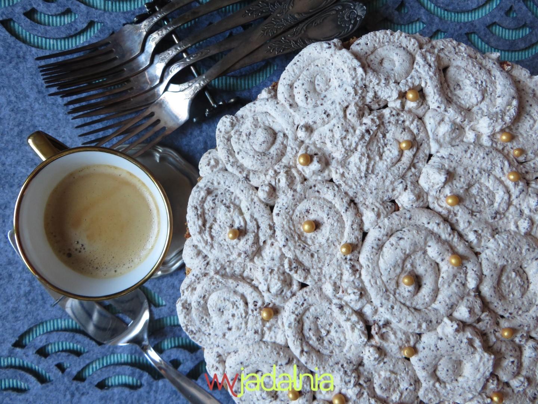 Tort tiramisu z masą stracciatella